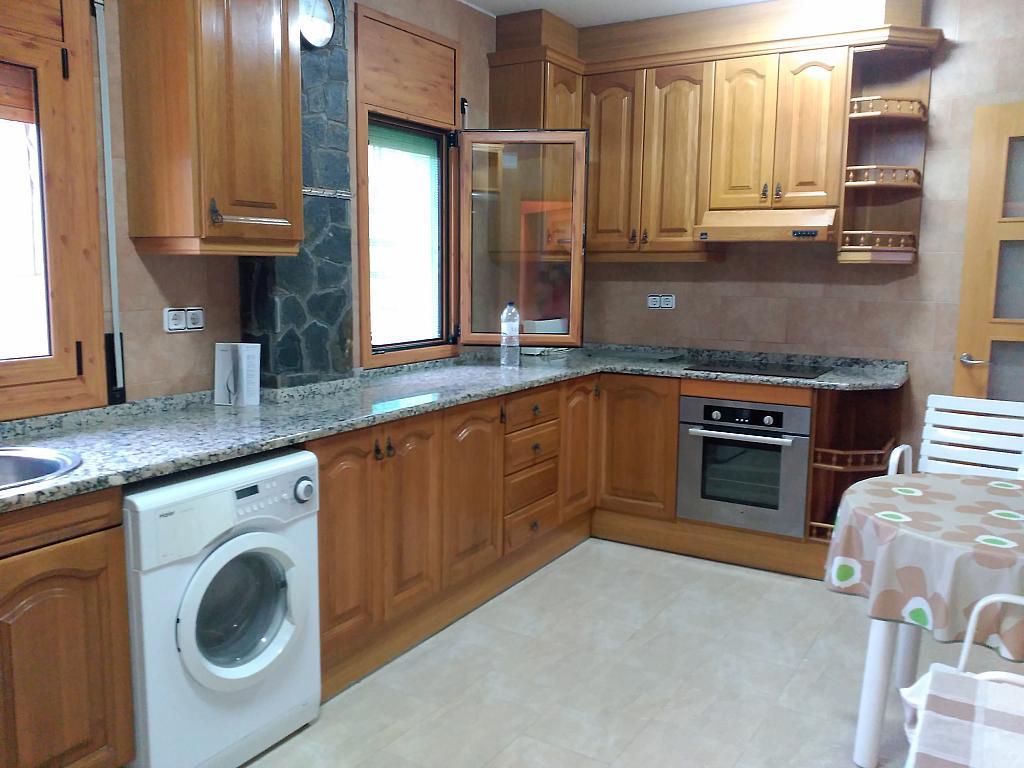 Casa en alquiler en calle Sant Marti, Sant Martí Sarroca - 321215385