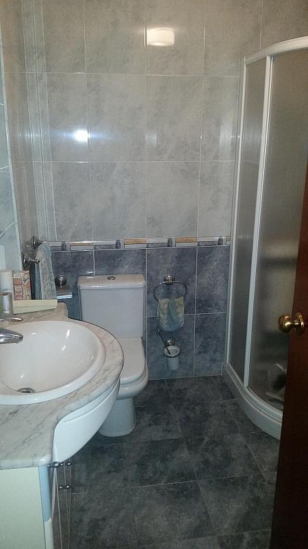 Baño - Piso en alquiler en calle Oliveros, Oliveros en Almería - 316355757
