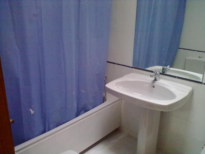 Baño - Piso en alquiler en calle Poeta Durban, Zapillo en Almería - 64489069