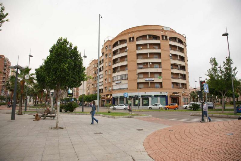 Local comercial en alquiler en calle Federico Garcia Lorca, Regiones en Almería - 64697471