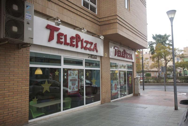Local comercial en alquiler en calle Federico Garcia Lorca, Regiones en Almería - 64697477