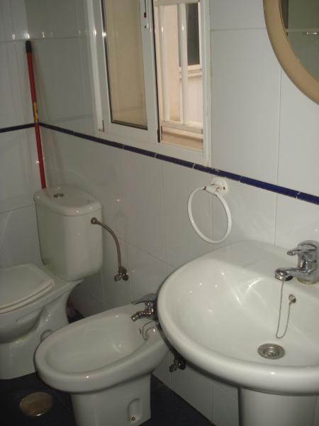 Baño - Apartamento en alquiler en calle Azara, Centro Historico en Almería - 90567114