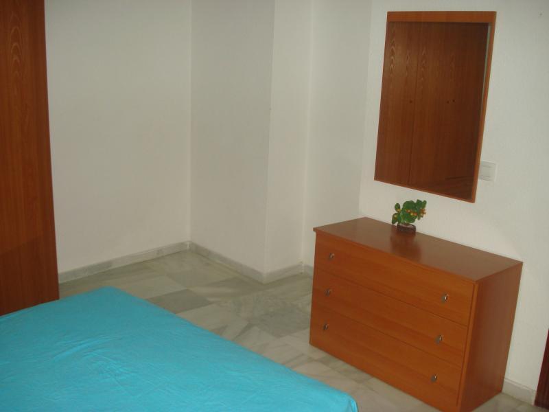 Apartamento en alquiler en calle Azara, Centro Historico en Almería - 90567370