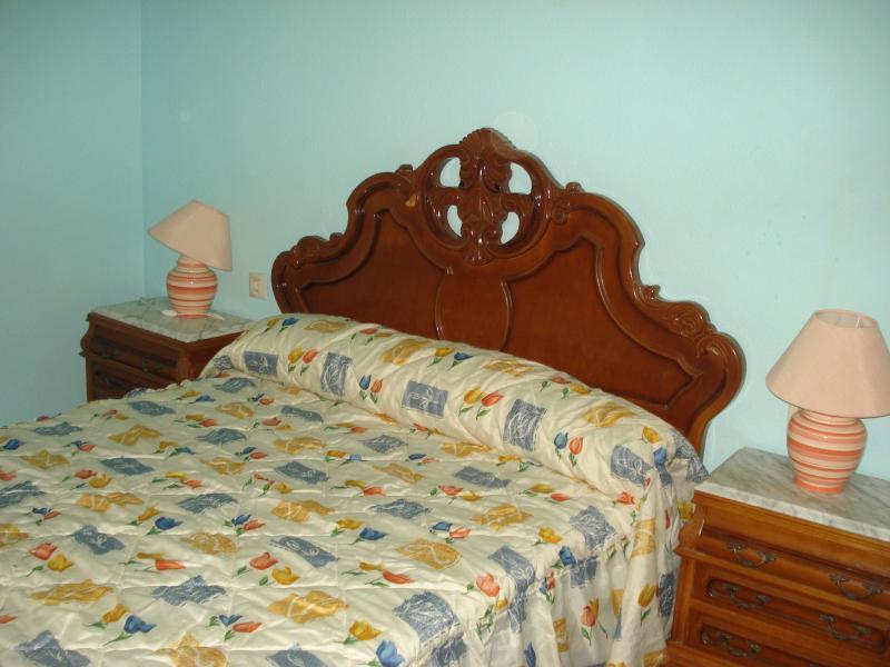 Dormitorio - Piso en alquiler en calle Granada, Cruz de Caravaca en Almería - 112024110