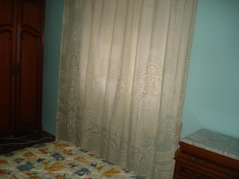 Dormitorio - Piso en alquiler en calle Granada, Cruz de Caravaca en Almería - 112024143