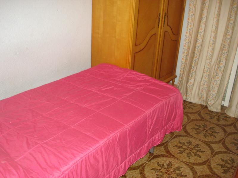 Dormitorio - Piso en alquiler en calle Granada, Cruz de Caravaca en Almería - 112024162