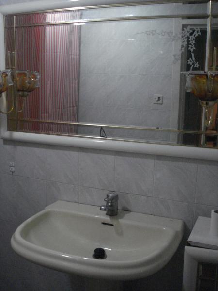 Baño - Piso en alquiler en calle Granada, Cruz de Caravaca en Almería - 112024229