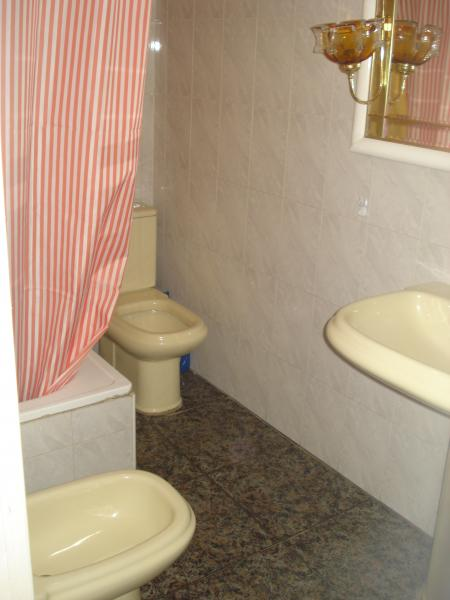 Baño - Piso en alquiler en calle Granada, Cruz de Caravaca en Almería - 112024246