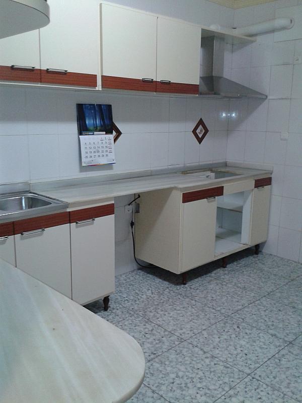 Cocina - Piso en alquiler en calle Poeta Luis de Gongora, Nueva Andalucia en Almería - 124633361