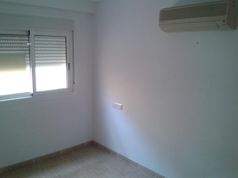 Dormitorio - Piso en alquiler en calle Tenor Iriarne, Oliveros en Almería - 117634874