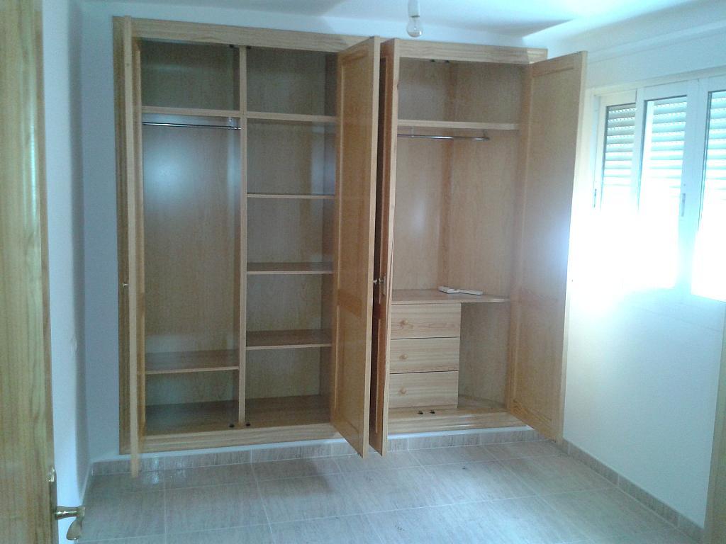 Dormitorio - Piso en alquiler en calle Tenor Iriarne, Oliveros en Almería - 127285857