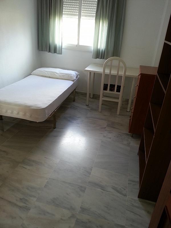 Dormitorio - Piso en alquiler en carretera Alhadra, Los Molinos en Almería - 128192919