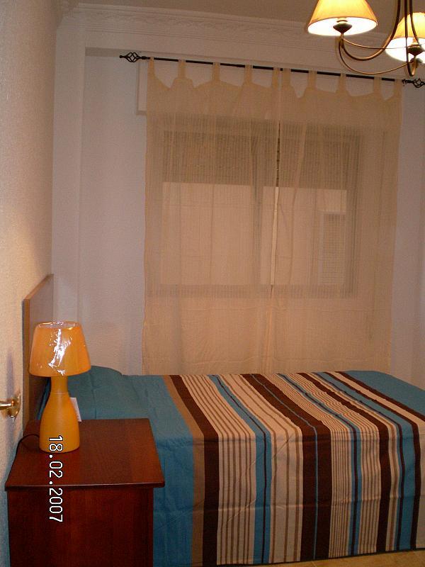 Dormitorio - Piso en alquiler en calle Maldonado Entrena, Centro Historico en Almería - 136026832