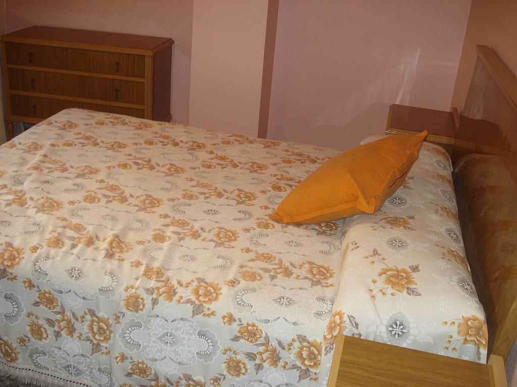 Dormitorio - Piso en alquiler en calle Alcalde Muñoz, Oliveros en Almería - 138571942