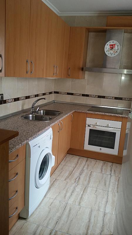 Cocina - Piso en alquiler en calle Leandro Fernandez de Moratin, Zapillo en Almería - 188948244