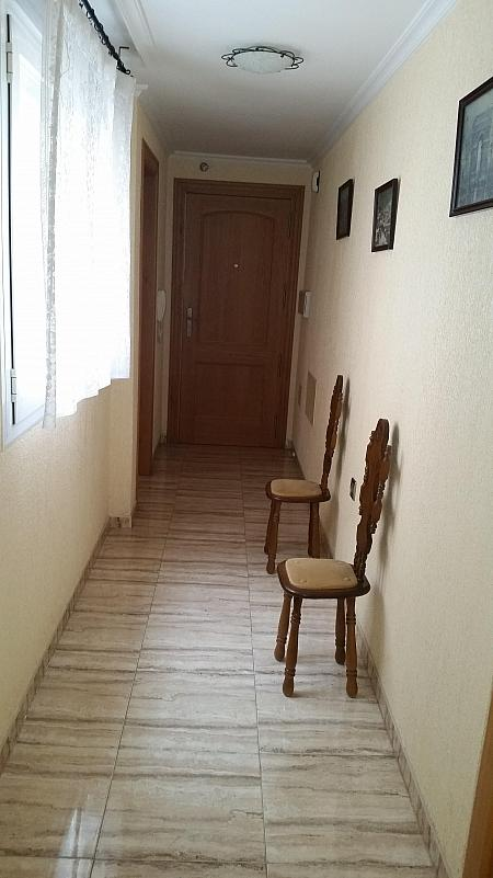 Pasillo - Piso en alquiler en calle Leandro Fernandez de Moratin, Zapillo en Almería - 188948266