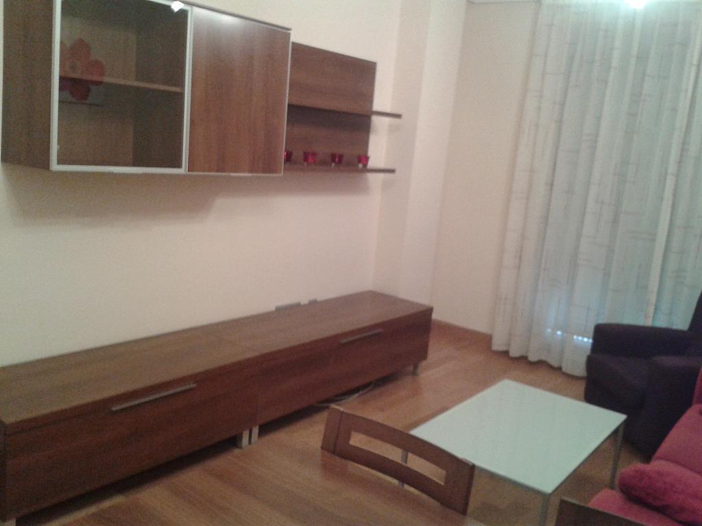 Salón - Apartamento en alquiler en calle Nuestra Señora de Montserrat, Pescaderia-La Almedina en Almería - 145779931