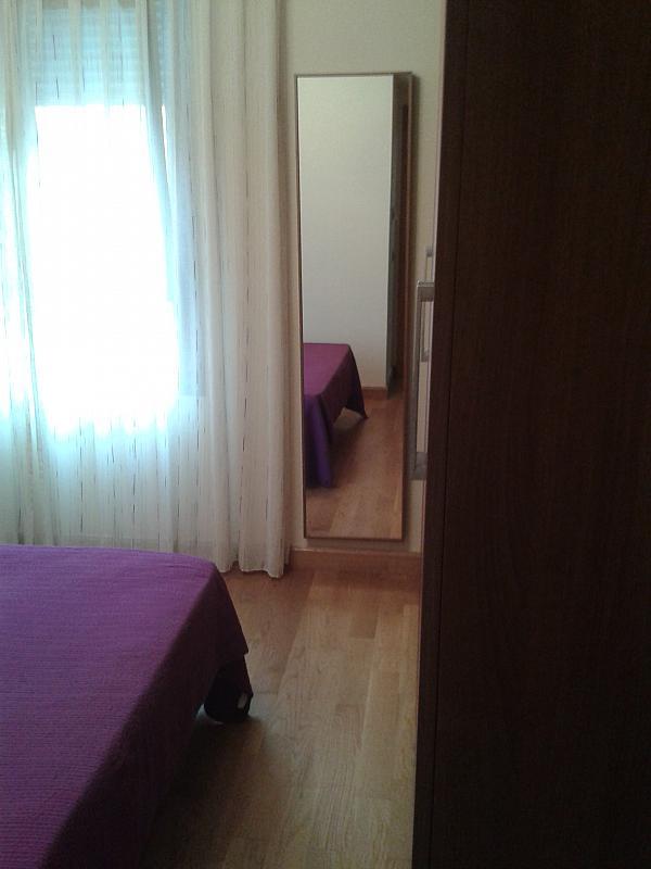 Dormitorio - Apartamento en alquiler en calle Nuestra Señora de Montserrat, Pescaderia-La Almedina en Almería - 145780044