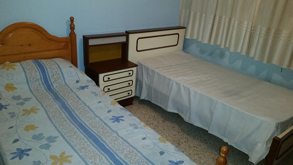 Dormitorio - Piso en alquiler en calle Guadalquivir, Colonia Los Angeles en Almería - 161752793