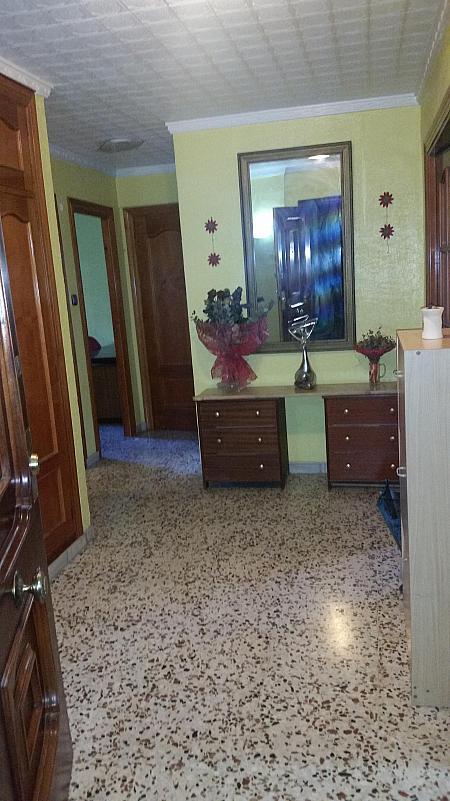 Vestíbulo - Piso en alquiler en calle Azorin, Nueva Andalucia en Almería - 204606199