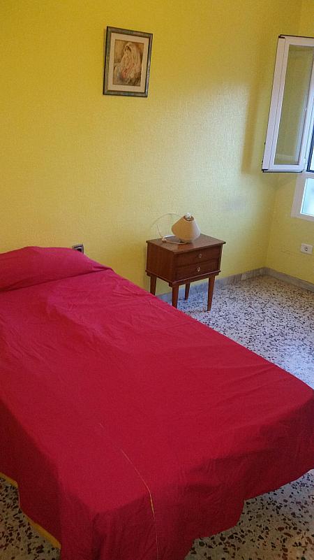 Dormitorio - Piso en alquiler en calle Azorin, Nueva Andalucia en Almería - 204606981