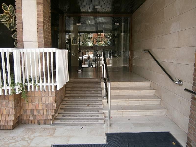Foto - Despacho en alquiler en calle Germans Marti, El Pla en Martorell - 324088128