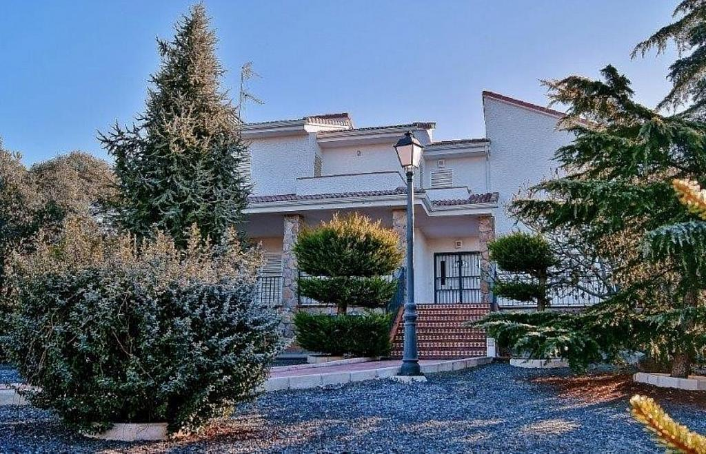 Casa en alquiler en Alpedrete - 359269454