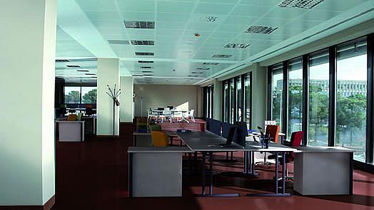 Oficina en alquiler en calle Jesús Serra Santamans, Sant Cugat del Vallès - 275053069
