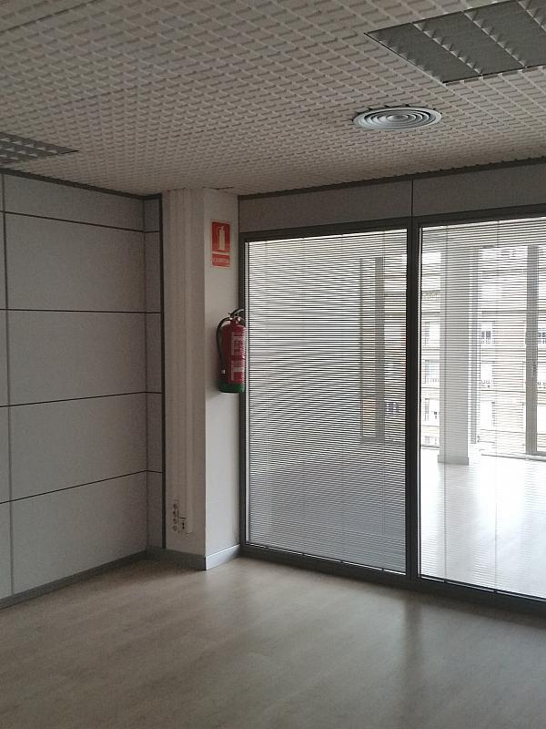 Oficina en alquiler en calle Josep Tarradellas, Eixample esquerra en Barcelona - 330141934