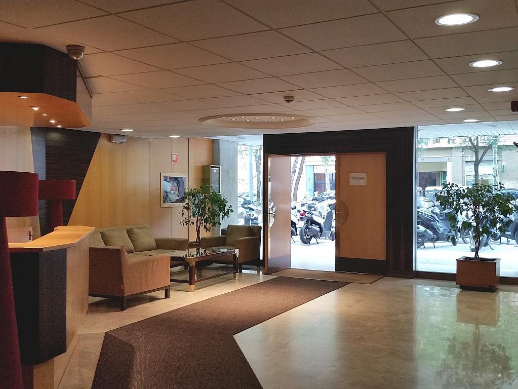 Oficina en alquiler en calle Josep Tarradellas, Eixample esquerra en Barcelona - 330141957