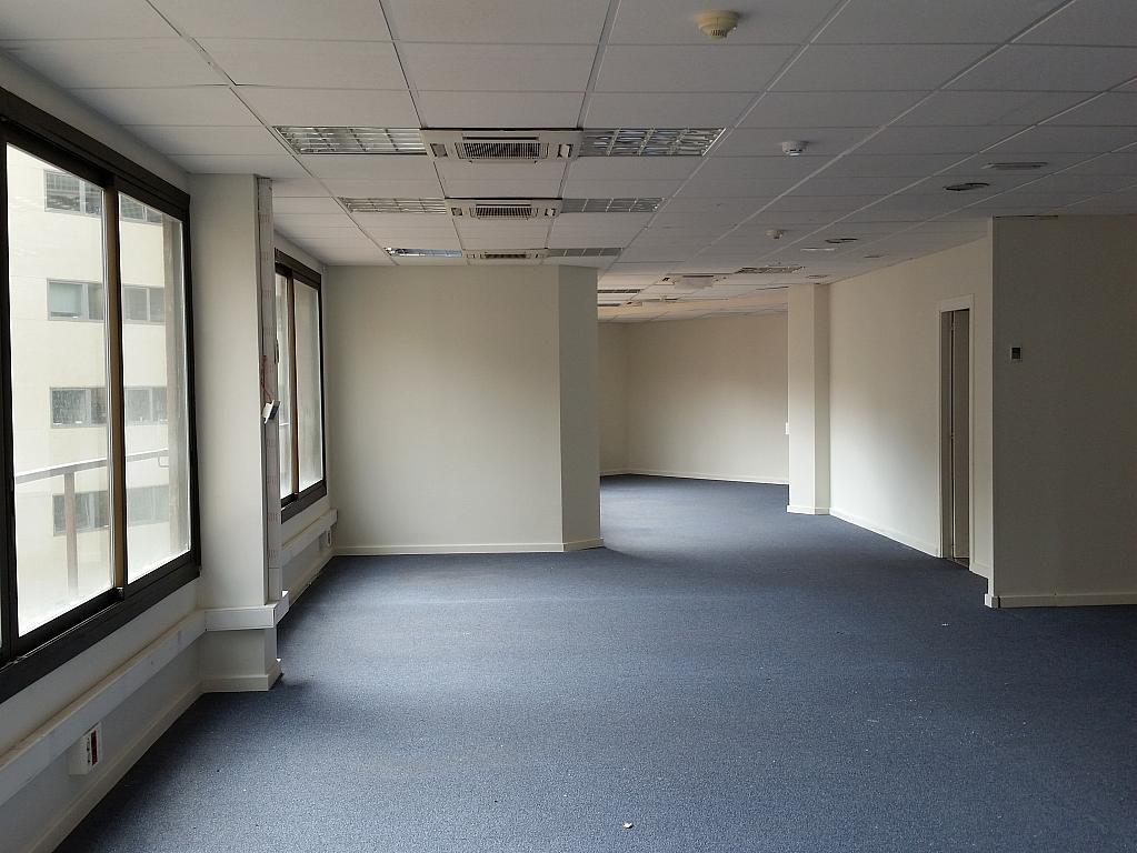 Oficina en alquiler en calle Josep Tarradellas, Eixample esquerra en Barcelona - 330444192