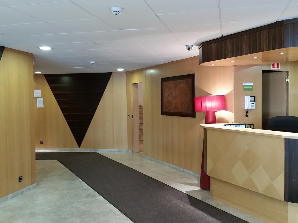 Oficina en alquiler en calle Josep Tarradellas, Eixample esquerra en Barcelona - 330444840
