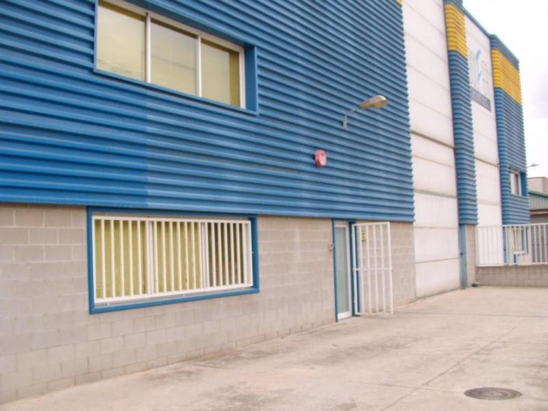 Nave en alquiler opción compra en calle Rec del Molí, Sant Celoni - 76946743