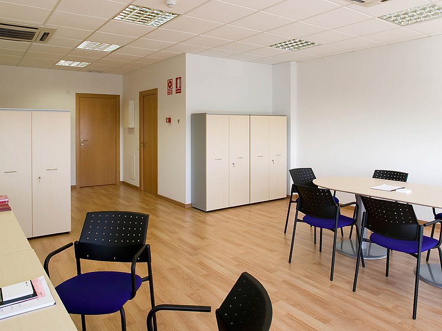 Oficina en alquiler opción compra en calle Cerdanyola, Sant Cugat del Vallès - 209633777