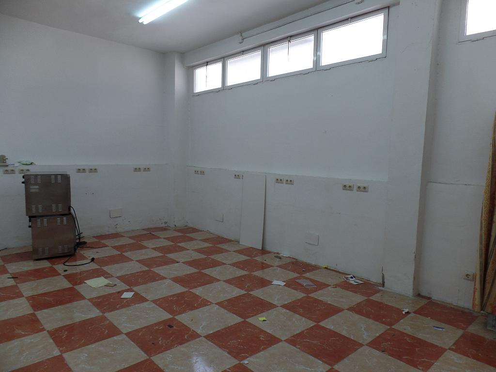 Local en alquiler en San Fermín en Madrid - 300522279