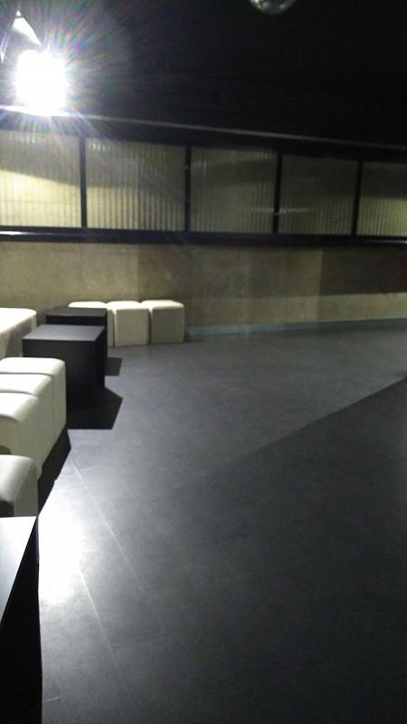Local comercial en alquiler en calle Inés Pérez de Ceta, Areal-Zona Centro en Vigo - 359437043