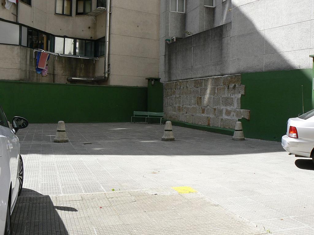 Local comercial en alquiler en calle Xulián Estévez, Teis en Vigo - 362773411