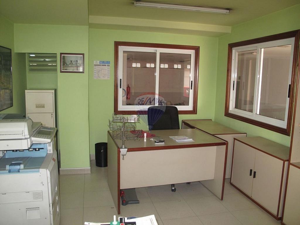 Local comercial en alquiler en Areal-Zona Centro en Vigo - 359429390