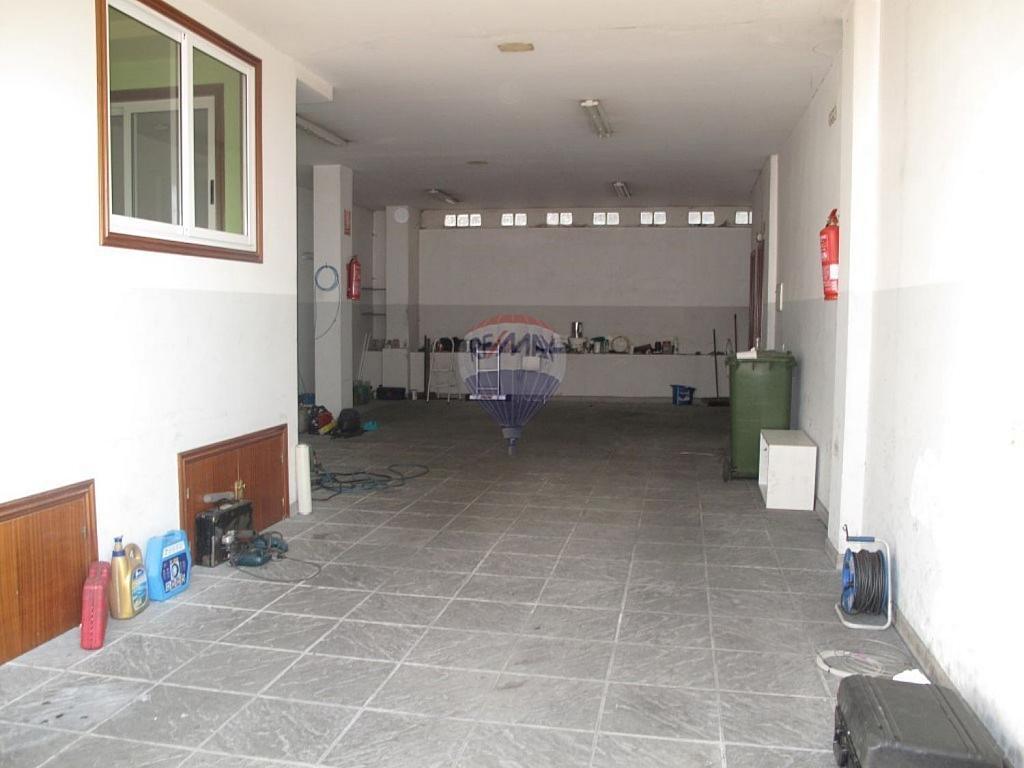 Local comercial en alquiler en Areal-Zona Centro en Vigo - 359429405