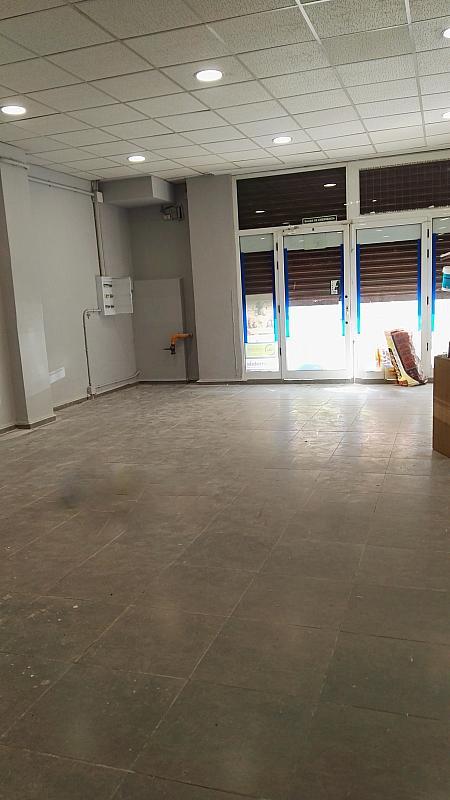Local comercial en alquiler en calle Castan Tobeñas, Nou Moles en Valencia - 259557701