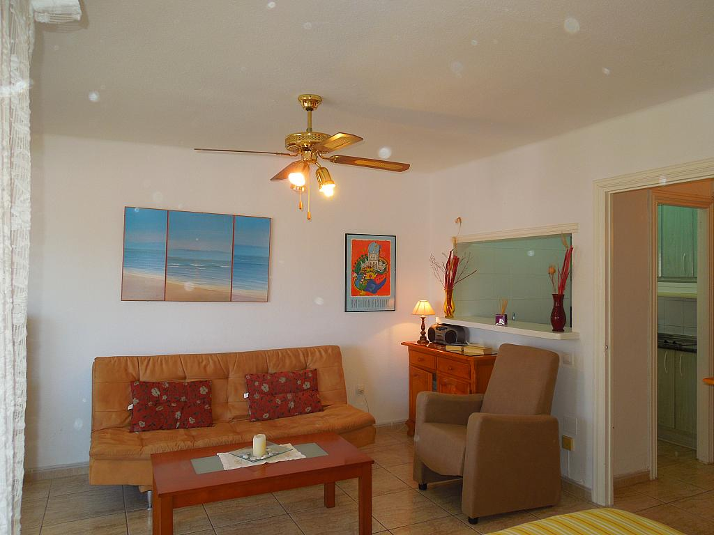 Salón - Apartamento en alquiler en calle Europa, Torrox-Costa en Torrox - 326671252