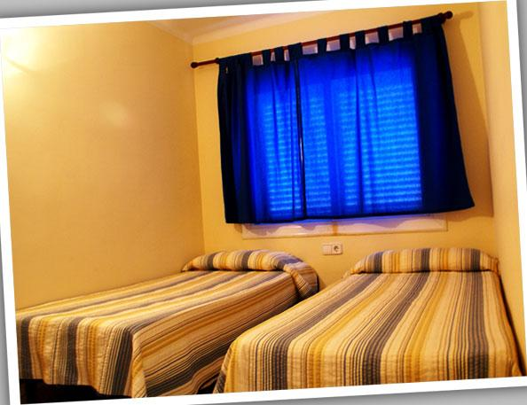Dormitorio - Apartamento en alquiler de temporada en calle Estrella de Mar, Playafels en Castelldefels - 66760207