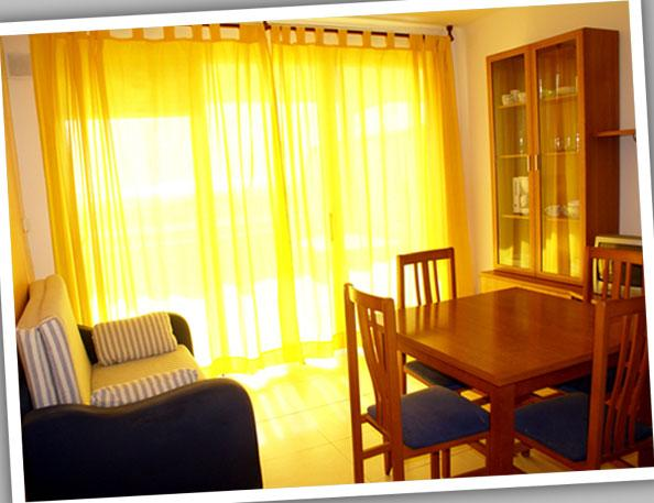 Comedor - Apartamento en alquiler de temporada en calle Estrella de Mar, Playafels en Castelldefels - 67410892