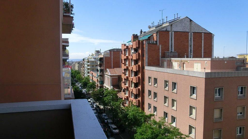 Piso en alquiler en calle Escolrial, La Salut en Barcelona - 326243789