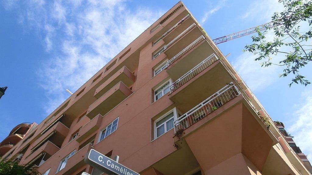 Piso en alquiler en calle Escolrial, La Salut en Barcelona - 326243816