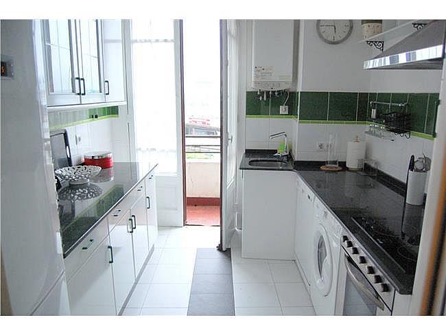 Piso en alquiler en Falperra-Santa Lucía en Coruña (A) - 335039096