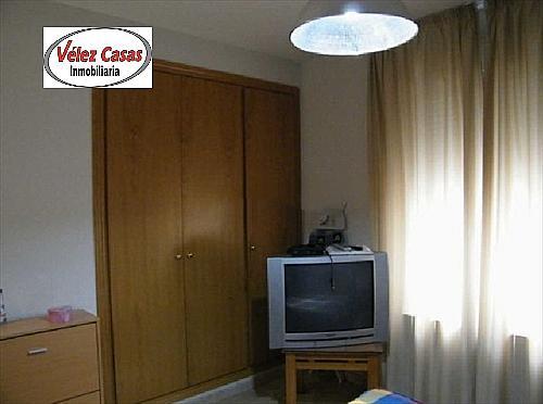 Piso en alquiler en calle Serrallo, Genil en Granada - 328077666