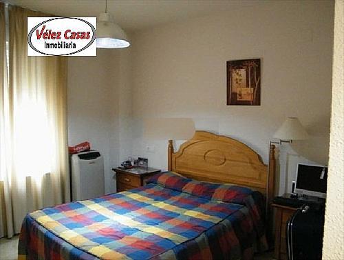 Piso en alquiler en calle Serrallo, Genil en Granada - 328077669
