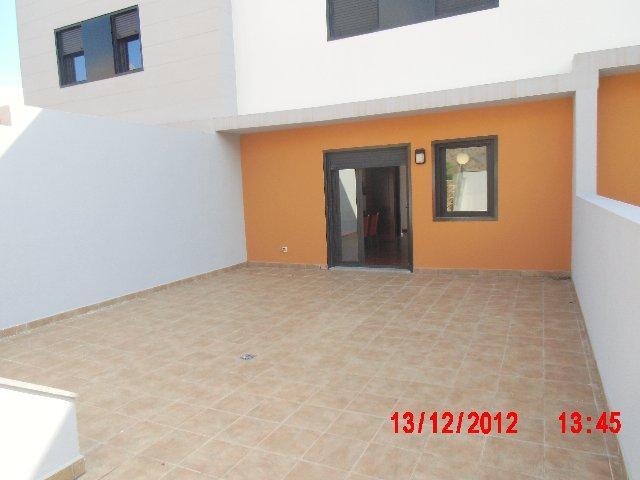 Casa adosada en alquiler opción compra en calle Llanos de Ucanca, Mesas Altas, Las - 102910992