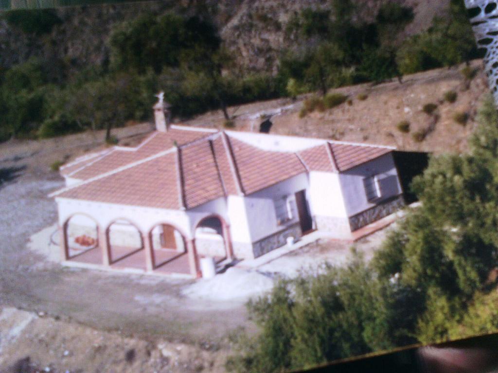 Fachada - Cortijo en alquiler en carretera De la Parra, Sedella - 245915727